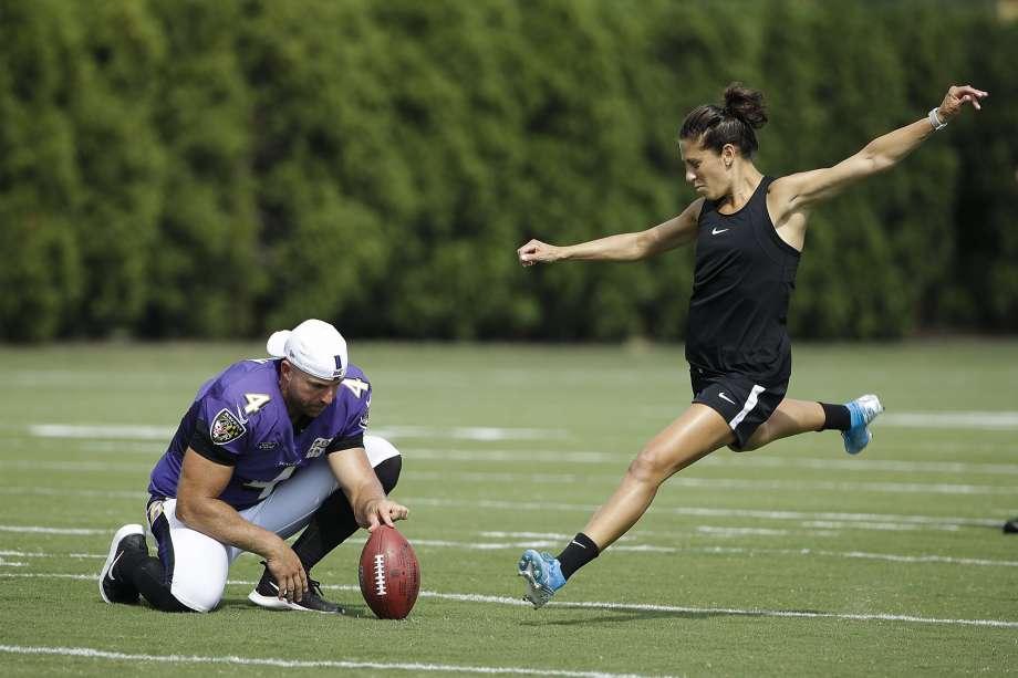 Carli Lloyd Wants to Play in the NFL! Huh?